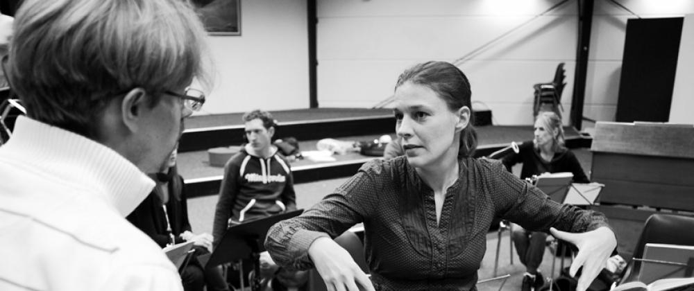 Emile Junge and Karolina Hartman
